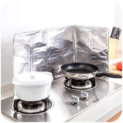 【耘凡兔795】厨房煤气灶台挡油板铝箔隔热板 炒菜煲汤隔热隔油防溅烫挡板4个* 65g