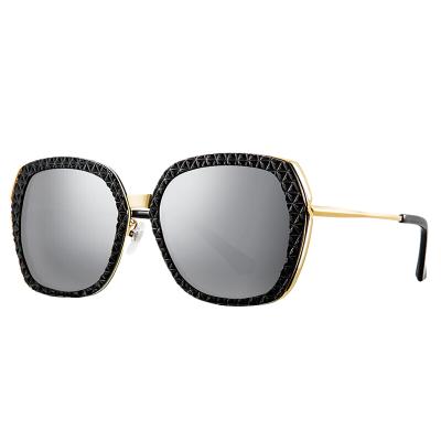 海俪恩街拍彩膜眼镜 偏光太阳镜女款N6526 曜石黑+水银膜