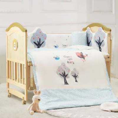 呵宝婴儿床实木无漆多功能摇篮可拼接新生儿欧式厂家宝宝床【正品】