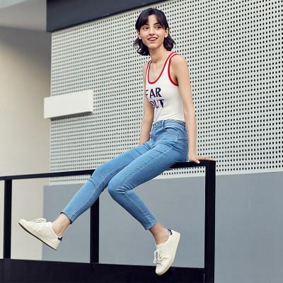 京东京造(J.ZAO)女士提臀牛仔裤 浅蓝色